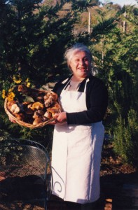 Tangokurs in La Rogaia. Genießt die legendäre umbrisch-toskanische Küche von Mamma Ornella ....